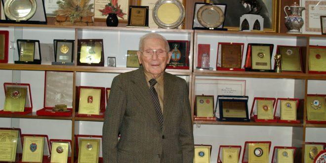 Acı Kaybımız: Kurucularımızdan Sayın Prof. Dr. Rıdvan Ege 8 Haziran 2017 tarihinde vefat etti